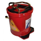 16L Wringer Mop Bucket Red
