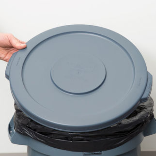 Picture of Rubbermaid Brute Lid Lid to suit SAF0101 Grey
